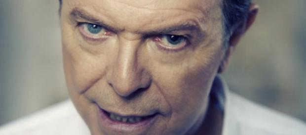 David Bowie presenta Blackstar con un nuevo video