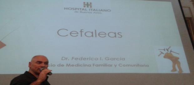 El Doctor Federico García disertó sobre cefaleas