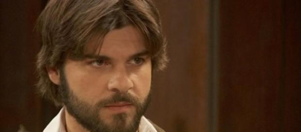 Gonzalo si schiera contro Francisca