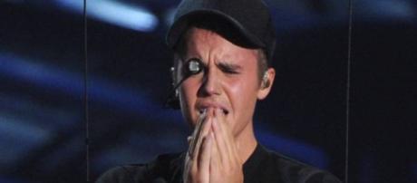 Justin Bieber mostra estar arrependido.