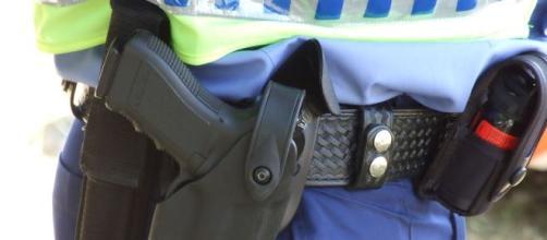 La polizia parigina all'assalto dei terroristi