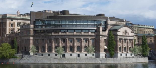 Parlamento da Suécia, em Estocolmo, recebe ameaça