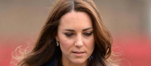 Kate Middleton assorta nei pensieri