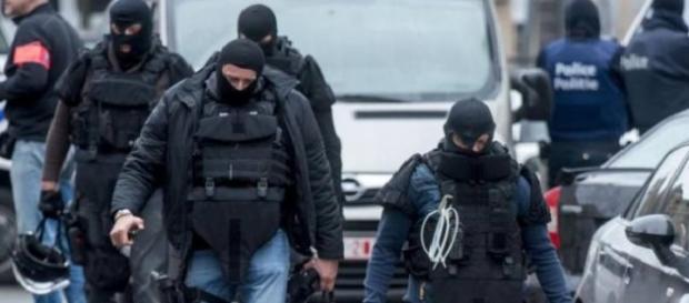 "Il blitz a Saint-Denis dopo la ""strage di Parigi"""