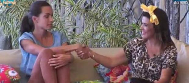 Carla e Maravilha (Reprodução/Record)