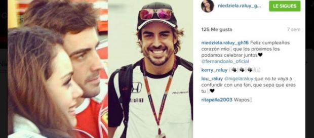 Niedziela le declara su amor a Fernando Alonso