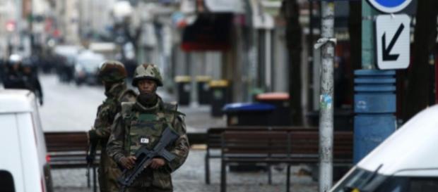 Operación antiterrorista en Saint Denis, París.