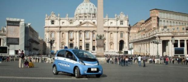 Roma: sospetto di un pacco bomba in metro