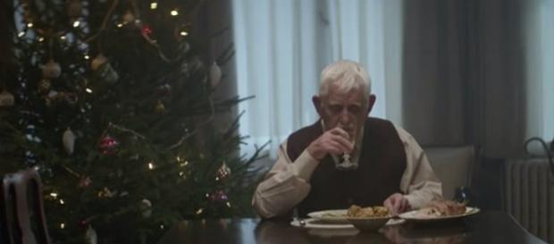 Rutina navideña de este padre.