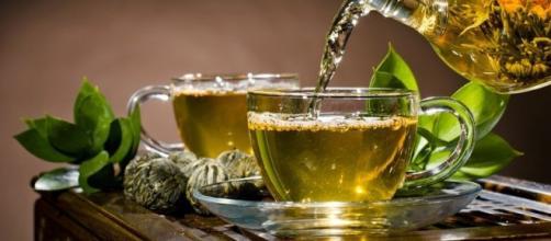 Tazas de té verde (efecto antinutriente)