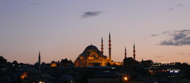 la policía de Estambul entró en el edificio