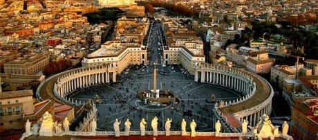 """""""Parigi prima di Roma"""": allarme nella Capitale"""