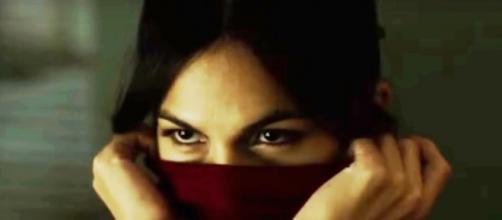 Elektra Natchios è interpretata da Élodie Yung