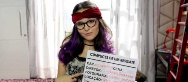 Larissa Manoela nega que esteja grávida