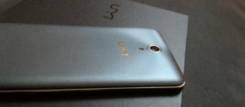 The UMi eMax Mini: A big smartphone, a small price