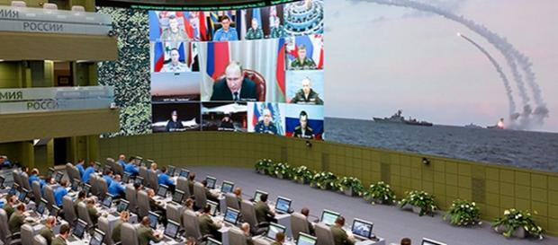 Putin într-o videoconferinţă cu Statul Major Rus