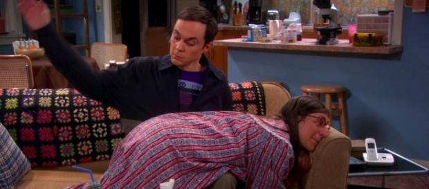 "Sheldon Cooper y Amy, en ""The Big Bang Theory"""