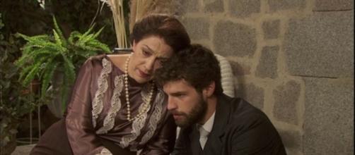 Francisca fa la vittima con Bosco