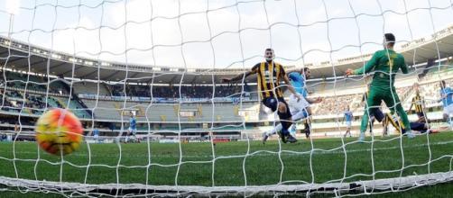 La rete del definitivo 0:2 firmato da Higuain