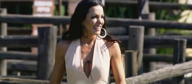 Carla Prata desabafa sobre sua saída de A Fazenda