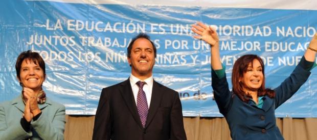 Daniel Scioli junto a Cristina Fernández
