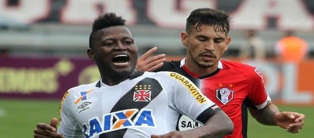 Riascos, do Vasco (Foto: Paulo Fernandes/CRVG)