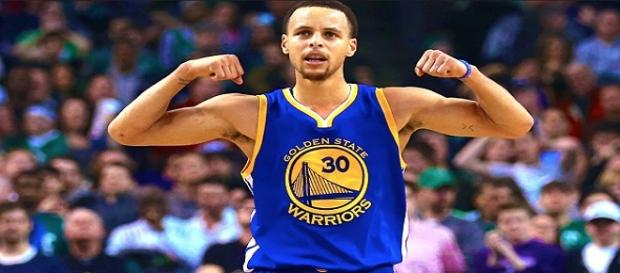 Stephen Curry, estrella de los GSW