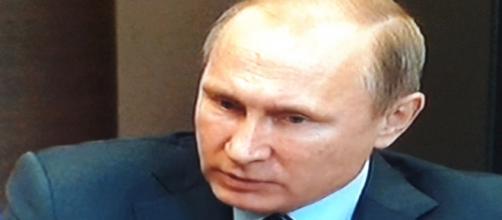 La perplessità del presidente Vladimir Putin