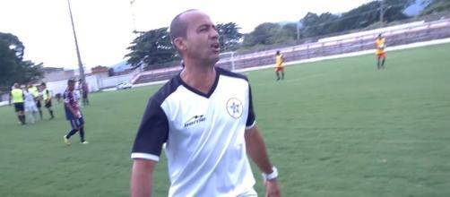 Aílton Ferraz, atual treinador do Resende.