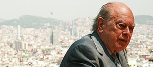Jordi Pujol con Barcelona al fondo de la foto.