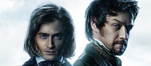 Victor Frankenstein e Igor, seu fiel assistente