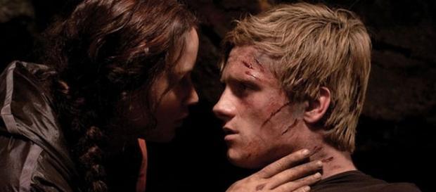 Fãs queriam cena de sexo entre Katniss e Peeta.