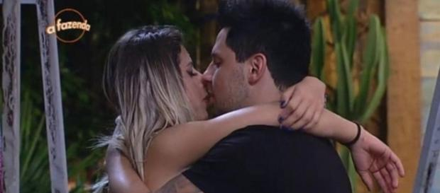 Thiago Servo pode trocar Ana Paula Minerato