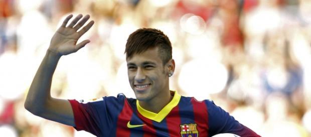 Neymar faz dois gols da partida de hoje.