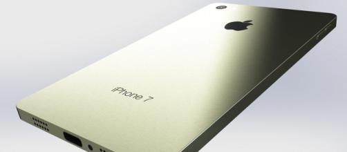 Nuovo Iphone 7 di Apple: arriva in settembre