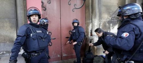 Policia de francia en el atentado ocurrido