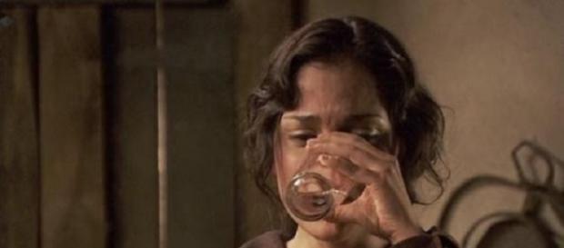 Il Segreto: Jacinta beve il veleno