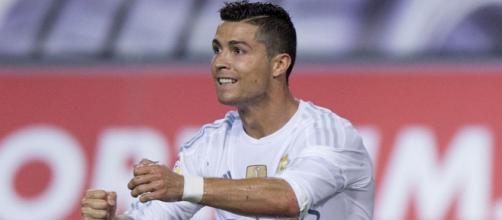 Cristiano Ronaldo lamentando una ocasión perdida