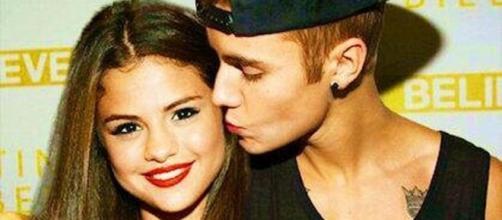 Justin Bieber não esquece Selena