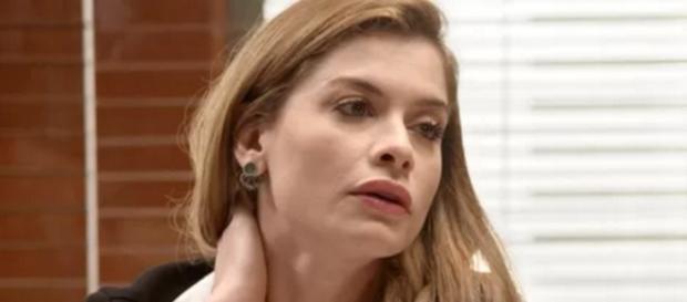 Emília tentará obrigar Lívia a se casar com Pedro
