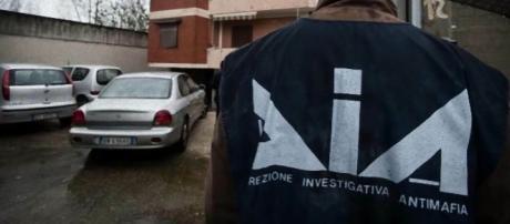 Le indagini sono coordinate dalla DDA di Palermo