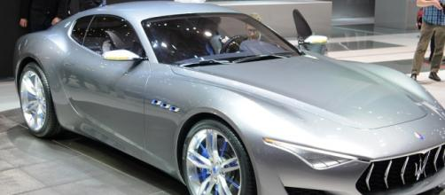 Nuova Maserati Alfieri: dovrebbe uscire nel 2018