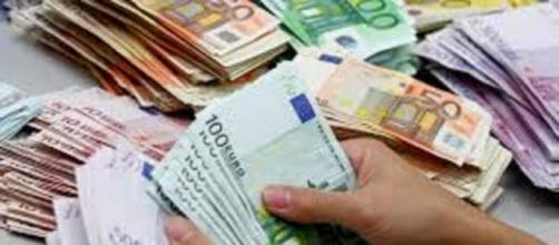 Stipendi in Italia, ecco la classifica.