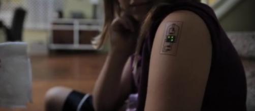 Tatuaggi per il controllo tecnologico