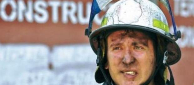 El este pompierul erou Orlando Șchipu
