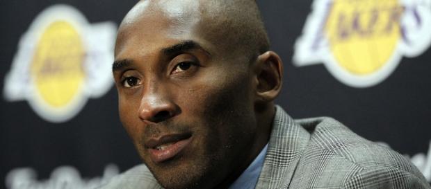 Kobe Bryant anuncia su retirada