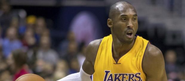 Kobe Bryant en un partido con Los Ángeles Lakers