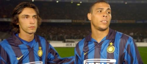 Andrea Pirlo, qui con Ronaldo, ai tempi dell'Inter