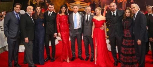 """Elenco y productores de 007 """"Spectre"""" en premier."""