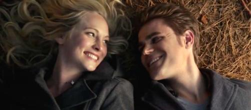 The Vampire Diaries: Caroline e Stefan